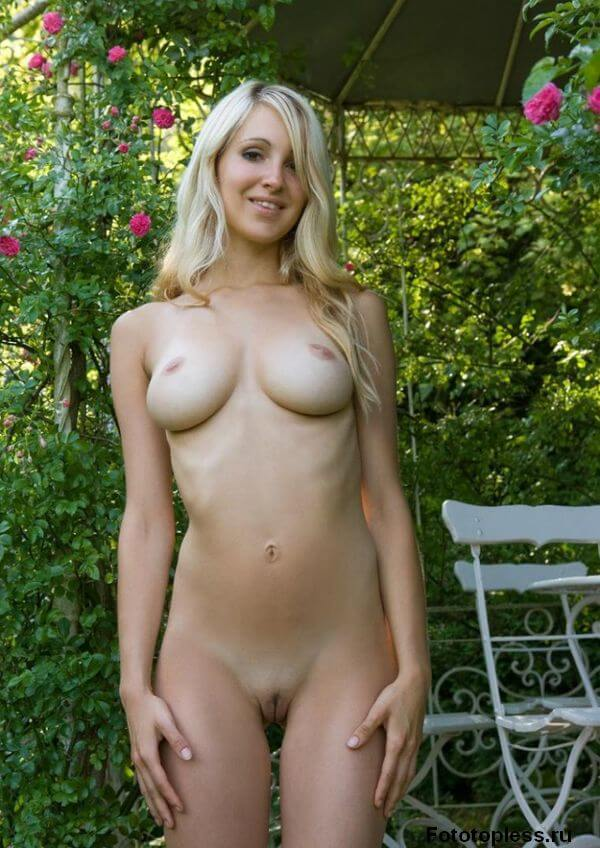 beautiful naked young girls (142)