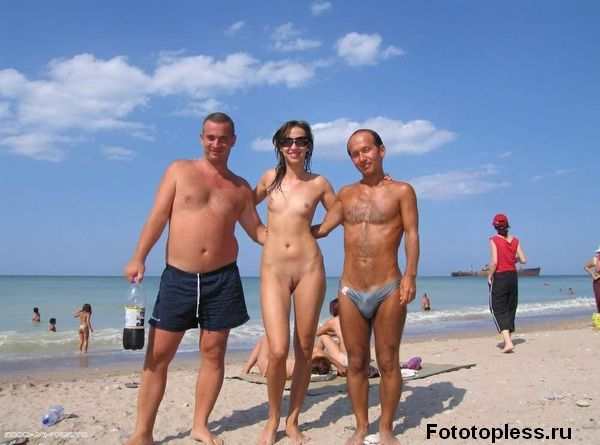 naturists and nudists naked topless on the beach (123)