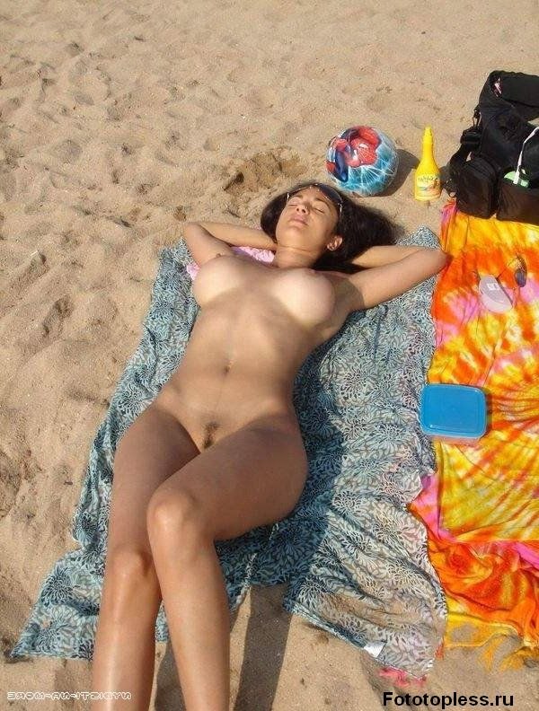 naturists and nudists naked topless on the beach (17)