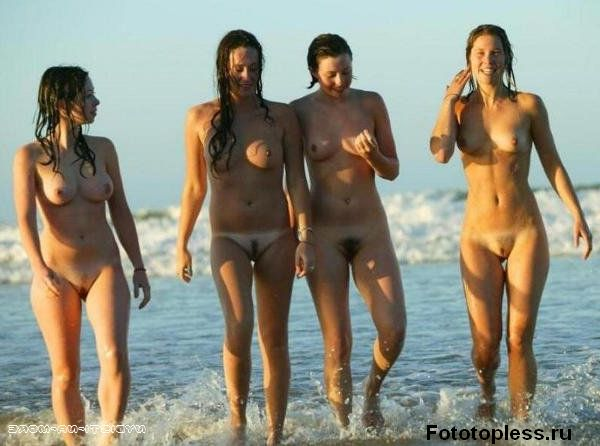 naturists and nudists naked topless on the beach (20)