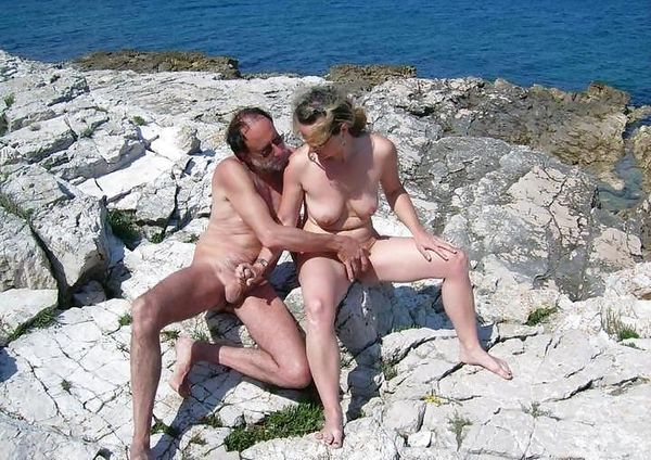 naturists and nudists naked topless on the beach (2327)