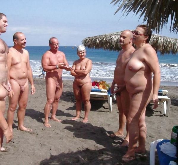 naturists and nudists naked topless on the beach (3249)