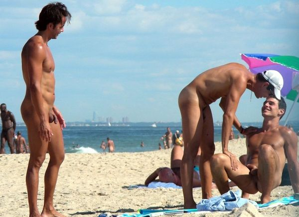 naturists and nudists naked topless on the beach (3307)