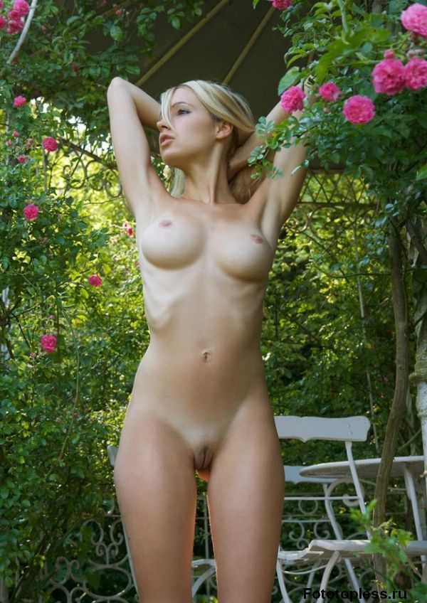 beautiful naked young girls (145)