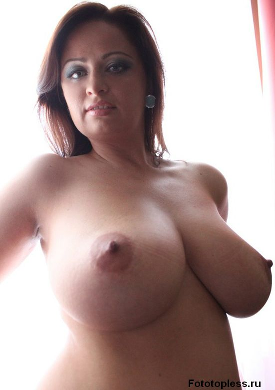 beautiful_female_breast_12952
