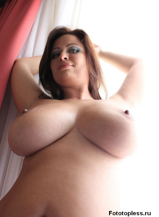 beautiful_female_breast_12955