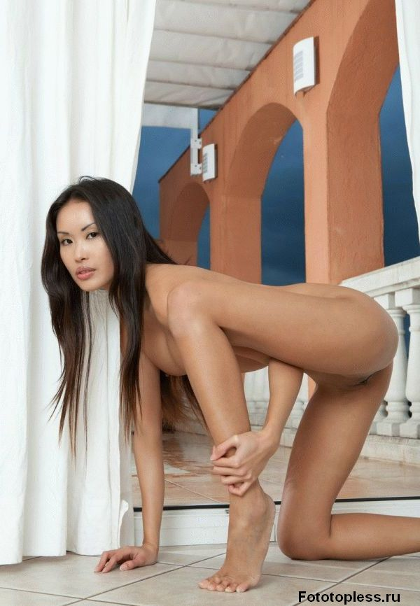 asian_naked_photos_122
