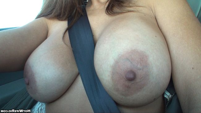 beautiful_big_tits_and_ass_1064