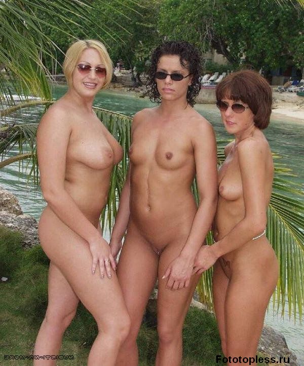 naked_on_the_beach_nudists_25