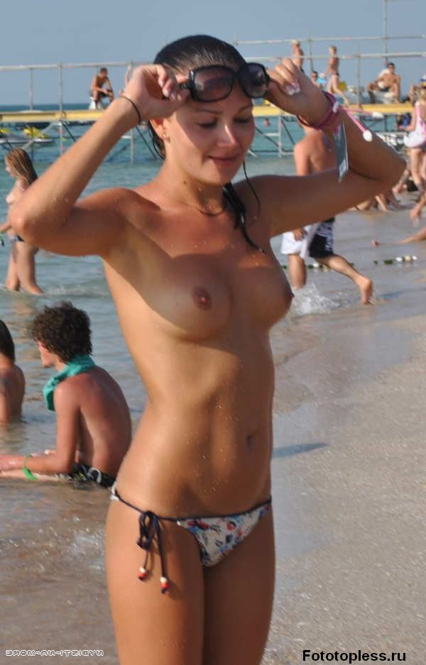 naked_on_the_beach_nudists_83