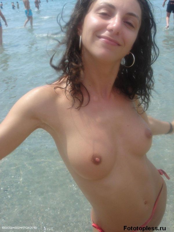naked_on_the_beach_nudists_186